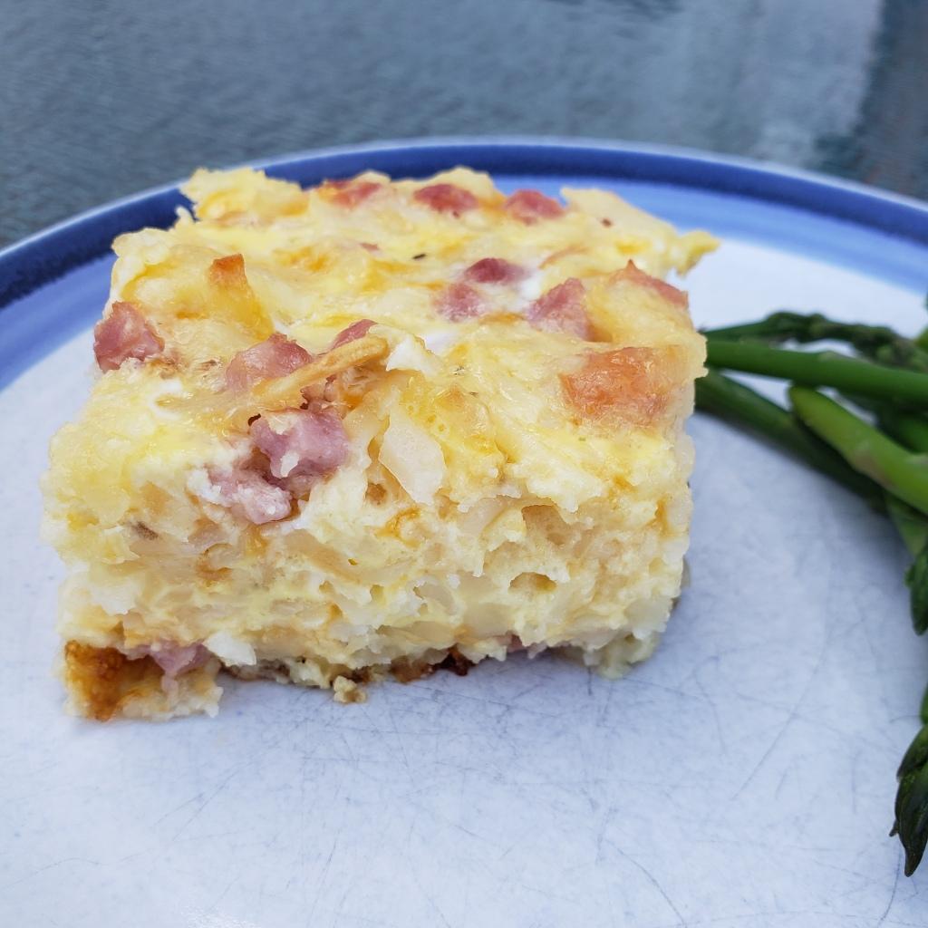 Cheesy hashbrown casserole with asparagus